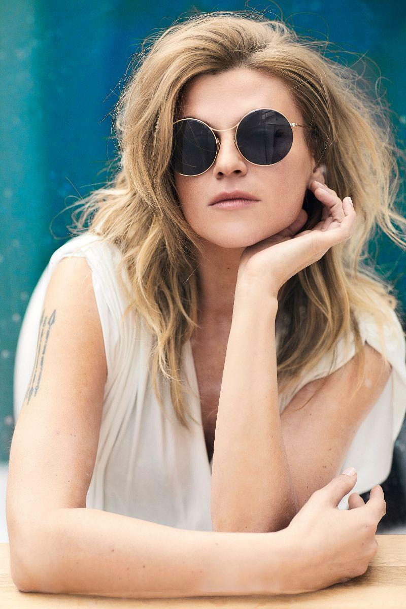 Melody Gardot Releases Album Title-Track 'Sunset In The Blue'