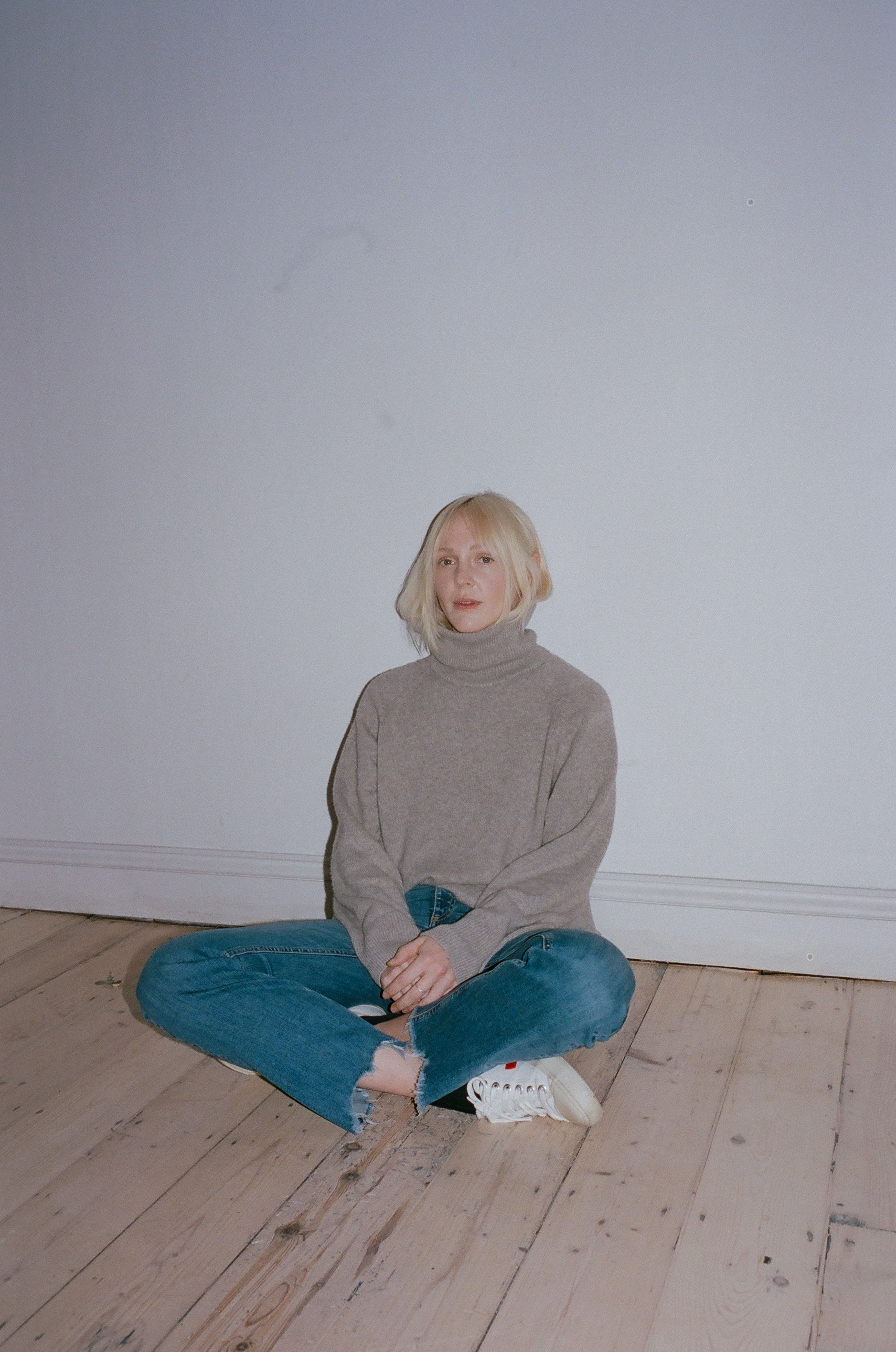 Berkshire star Laura Marling announces new album details for release tomorrow